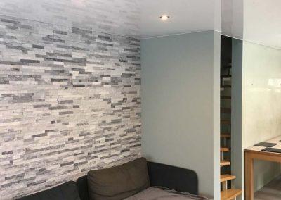 Hochglanz-Spanndecke-im-Wohnzimmer 2