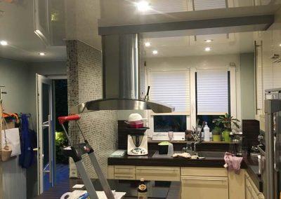 Hochglanz Spanndecke In Der Küche