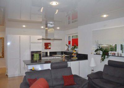 Hochglanz Spanndecke In Der Küche 1